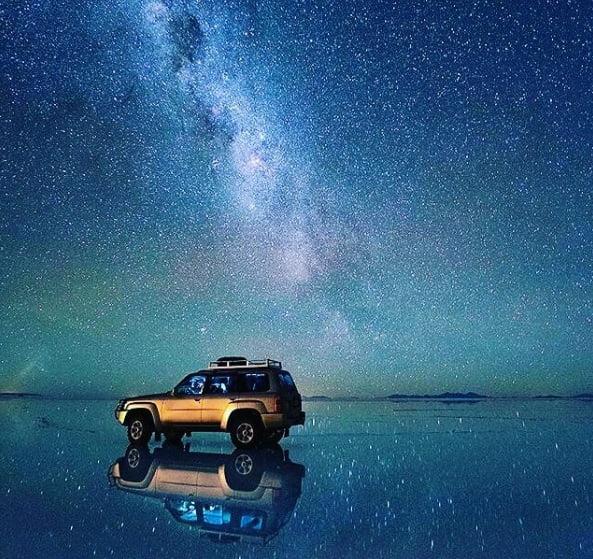 Floating car in Uyuni