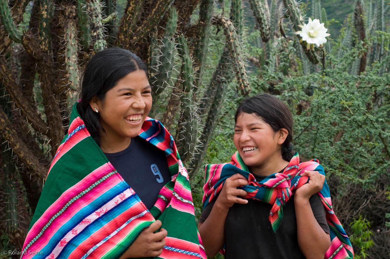 Young Quechua women
