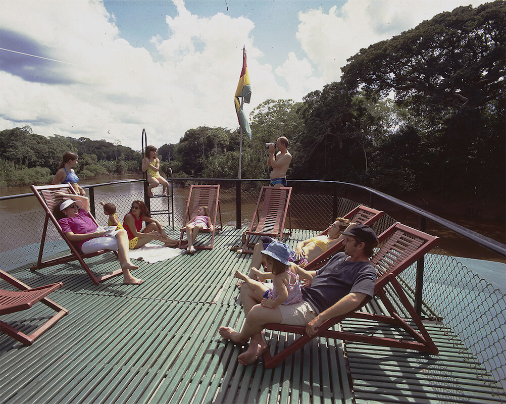 Relaxing - Reina de Enin Bolivian Amazon cruiser
